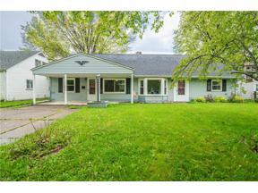Property for sale at 4855 Beachwood Drive, Sheffield Lake,  Ohio 44054