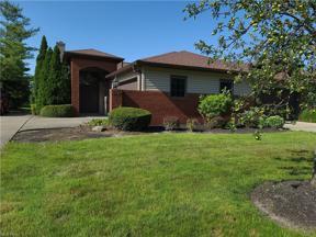 Property for sale at 5221 Parkhurst Drive, Sheffield Village,  Ohio 44054