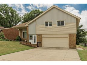 Property for sale at 6105 Hollywood Drive, Parma,  Ohio 44129