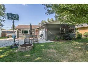 Property for sale at 417 Lombardy Drive, Berea,  Ohio 44017