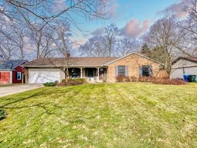 Property for sale at 8980 Westlawn Boulevard, Olmsted Falls,  Ohio 44138