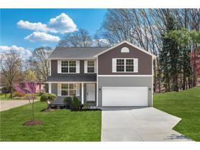 Property for sale at 6881 Glenella Drive, Seven Hills,  Ohio 44131
