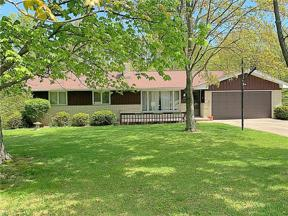 Property for sale at 7597 Webster Road, Middleburg Heights,  Ohio 44130