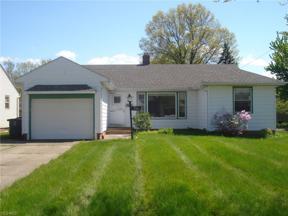 Property for sale at 5166 Longton Road, Lyndhurst,  Ohio 44124