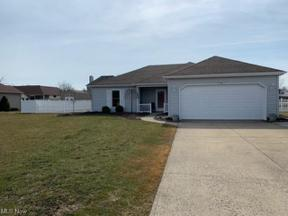 Property for sale at 5210 Berkeley Drive, Sheffield Village,  Ohio 44054
