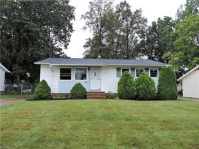 Property for sale at 13765 Heatherwood Drive, Brook Park,  Ohio 44142