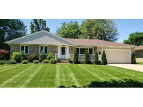 Property for sale at 1882 Caronia Drive, Lyndhurst,  Ohio 44124