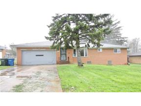Property for sale at 1051 Parkhaven Drive, Parma,  Ohio 44134