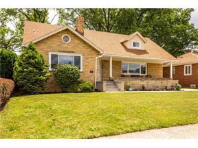 Property for sale at 1613 Tuxedo Avenue, Parma,  Ohio 44134