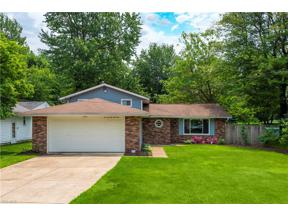 Property for sale at 27045 Kennedy Ridge Extension, North Olmsted,  Ohio 44070