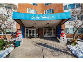 Property for sale at 11850 Edgewater Drive 523, Lakewood,  Ohio 44107