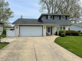 Property for sale at 6057 Gareau Drive, North Olmsted,  Ohio 44070