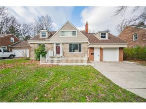Property for sale at 872 Richmond Road, Lyndhurst,  Ohio 44124