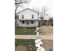 Property for sale at 826 Pasadena Avenue, Sheffield Lake,  Ohio 44054