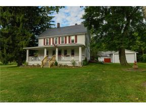 Property for sale at 1038 Columbia Road, Valley City,  Ohio 44280