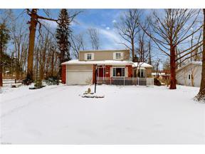 Property for sale at 9554 Driftwood Drive, Olmsted Falls,  Ohio 44138