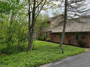 Property for sale at 25 River Stone Drive, Moreland Hills,  Ohio 44022