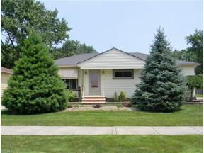 Property for sale at 6821 Maplewood Road, Parma Heights,  Ohio 44130