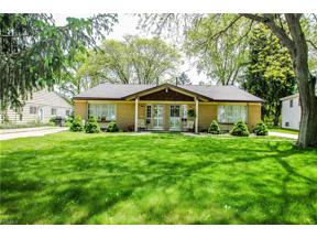 Property for sale at 3677 Beaumont Drive, North Olmsted,  Ohio 44070