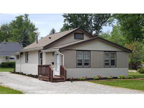 Property for sale at 838 Iroquois Trail, Willoughby,  Ohio 44094