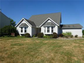 Property for sale at 412 Foxborough Drive, Brunswick,  Ohio 44212