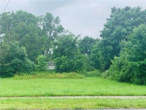 Property for sale at 106 Greenwich Road, Seville,  Ohio 44273