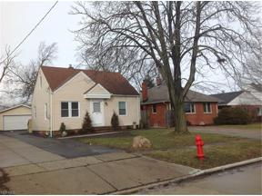 Property for sale at 1324 Elmwood Road, Mayfield Heights,  Ohio 44124
