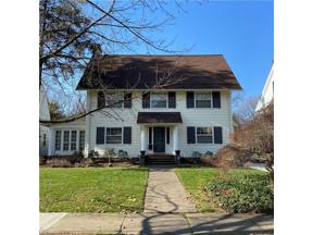 Property for sale at 2206 N Saint James Parkway, Cleveland Heights,  Ohio 44106