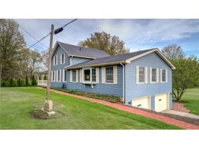 Property for sale at 424 Sharon Copley Road, Wadsworth,  Ohio 44281