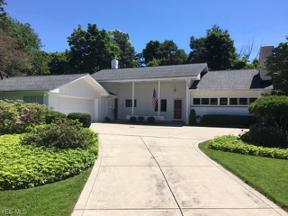 Property for sale at 24470 Shaker Boulevard, Beachwood,  Ohio 44122