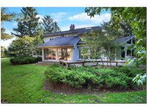 Property for sale at 5 Hampton Court, Beachwood,  Ohio 44122