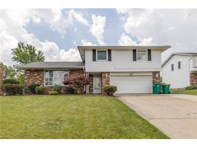 Property for sale at 4272 Rollingview Drive, Seven Hills,  Ohio 44131
