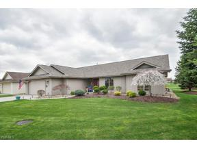 Property for sale at 33077 Pebblebrook Drive, North Ridgeville,  Ohio 44039