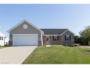 Property for sale at 1614 Buckhurst Run, Wadsworth,  Ohio 44281