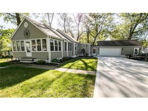 Property for sale at 610 Oakwood Avenue, Sheffield Lake,  Ohio 44054
