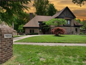 Property for sale at 1655 Queens Court, Westlake,  Ohio 44145
