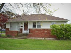 Property for sale at 9520 Biddulph Rd, Brooklyn,  Ohio 44144