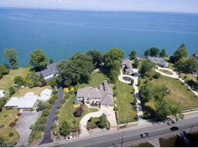 Property for sale at 33058 Lake Road, Avon Lake,  Ohio 44012