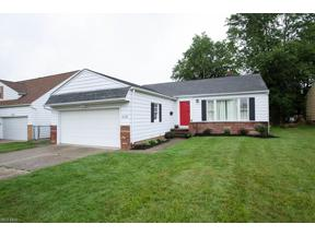 Property for sale at 5015 Fairlawn Road, Lyndhurst,  Ohio 44124