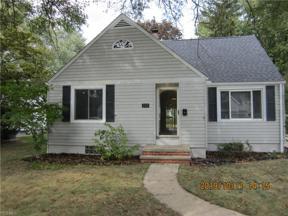 Property for sale at 190 Kempton Drive, Berea,  Ohio 44017