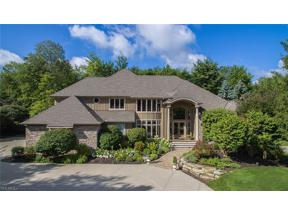 Property for sale at 323 Glengarry Drive, Aurora,  Ohio 44202