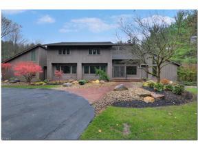 Property for sale at 60 E Juniper Lane, Moreland Hills,  Ohio 44022