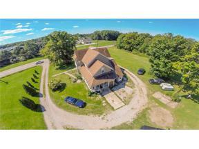 Property for sale at 12676 Main Market Rd, Burton,  Ohio 44021
