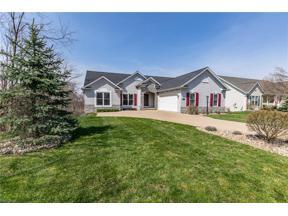 Property for sale at 2052 Glenmont Drive, Brunswick,  Ohio 44212