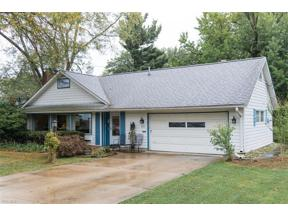 Property for sale at 355 Crescent Drive, Berea,  Ohio 44017