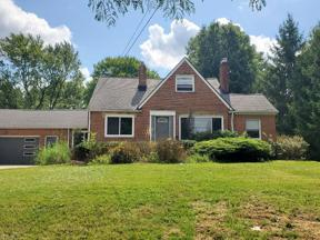 Property for sale at 6220 E Pleasant Valley Road, Independence,  Ohio 44131