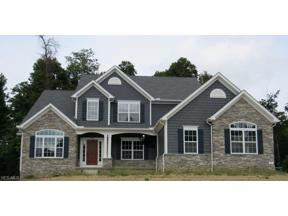 Property for sale at 2119 Lanterman Circle, Hinckley,  Ohio 44233