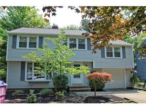 Property for sale at 1025 Professor Road, Lyndhurst,  Ohio 44124