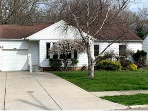 Property for sale at 1027 Learidge Road, Lyndhurst,  Ohio 44124