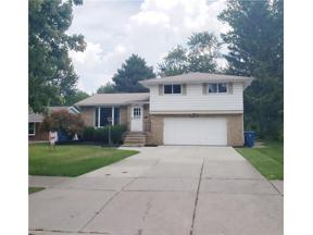 Property for sale at 6957 Greenbriar Drive, Parma Heights,  Ohio 44130